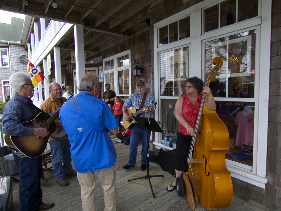 Drifting Sands performing at the grand opening of the Bluegrass Island Store.