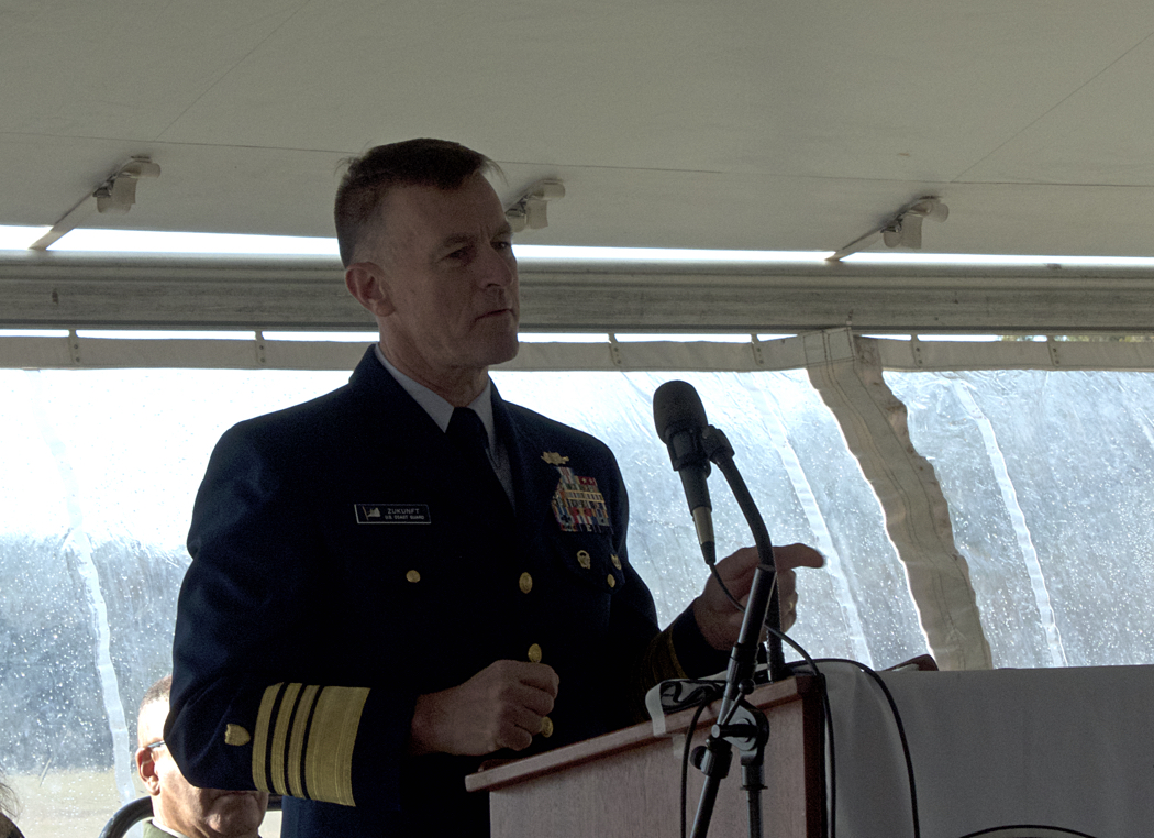 Commandant of the US Coast Guard Admiral Zukunft.