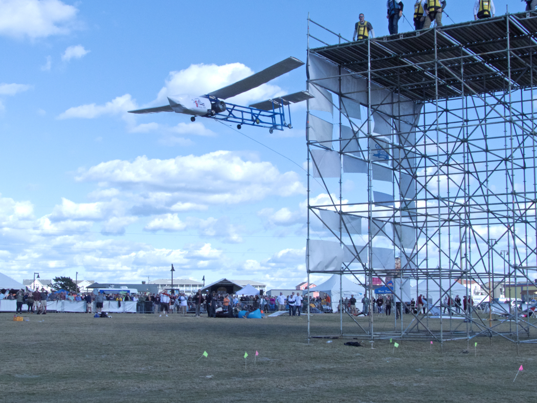Proving that maybe a beer keg can fly, a glider attempts flight at the 2016 Brewtag.