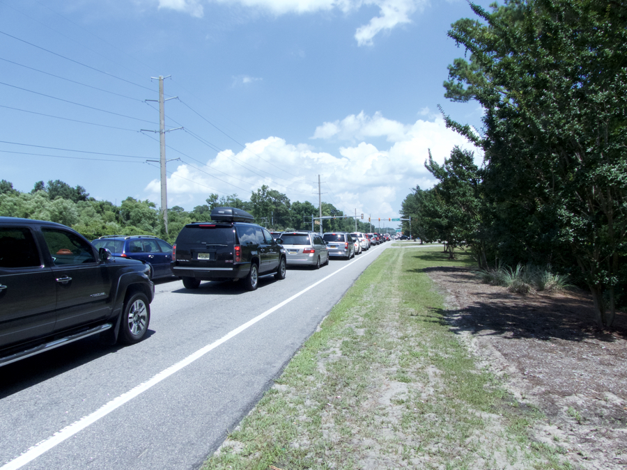 Traffic approaching the prohibited left turn onto S. Dogwood Trail in Southern Shores.