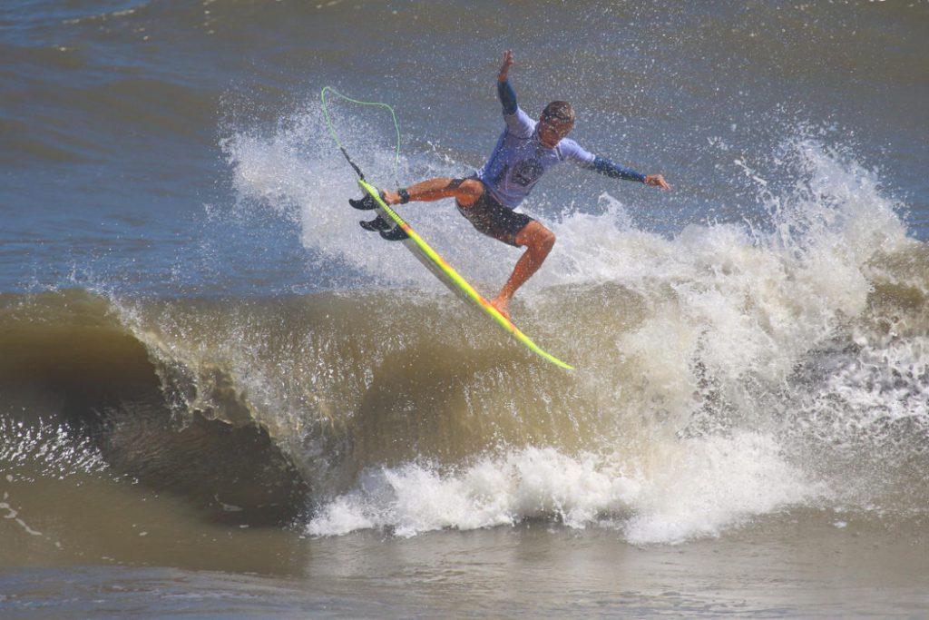 JLWRVPr.jpg September 1, 2019 859 KB 1050 by 700 pixels Edit Image Delete Permanently URL https://www.joelambjr.com/blog/wp-content/uploads/2019/09/JLWRVPr.jpg Title JLWRVPr Caption Chauncey Robinson in his Round 1 heat at the WRV Outer Banks Pro, Thursday, August 29. Photo, WRV Pro Surf.